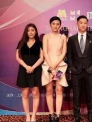 5届获百合奖导演被演员罗云琦吐槽说带放大镜上剧组